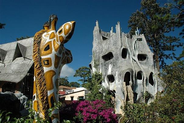 Hang Nga Guesthou se a.k.a Crazy House ( Vietnam )