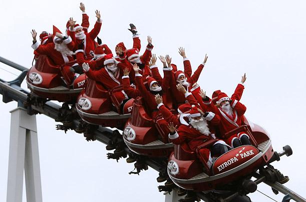 Santas on ride